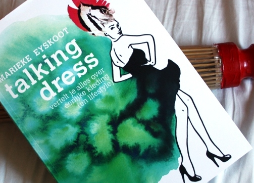 Talking Dress boek - Brelli paraplu - green and the cities