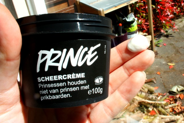 LUSH prince scheercreme | green and the cities