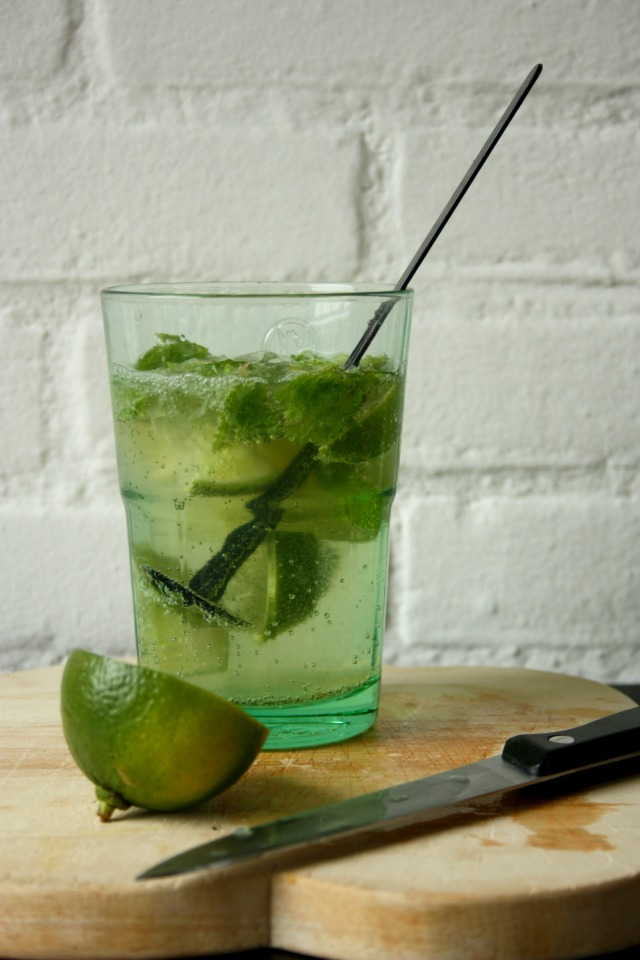 mocktails - nojito - virgin mojito | green and the cities
