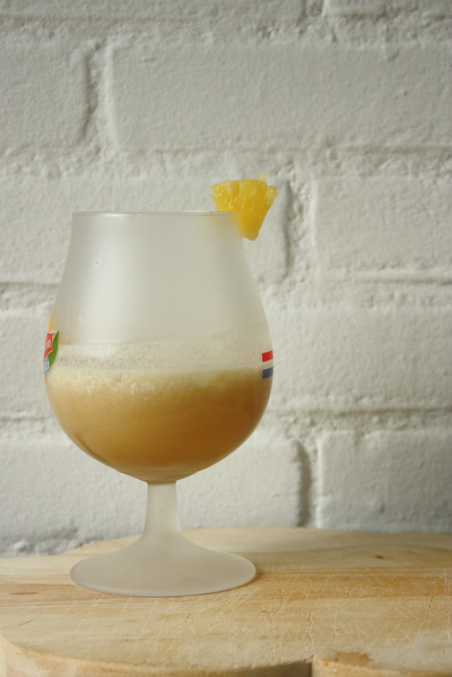 mocktails - pina conada - virgin pina colada | green and the cities