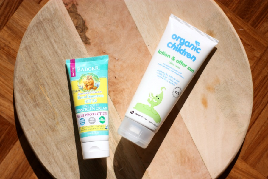 badger baby zonnebrandcreme & green people organic children lotion and after sun - baby en zon   green and the cities